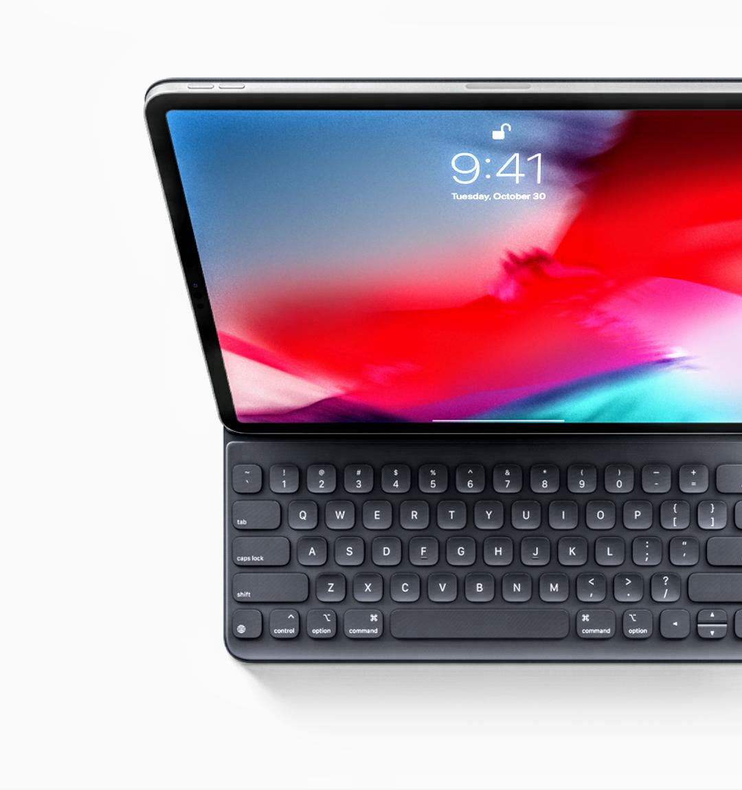 Best Accessories for Apple iPad Pro 2018 3. Smart Folio Keyboard